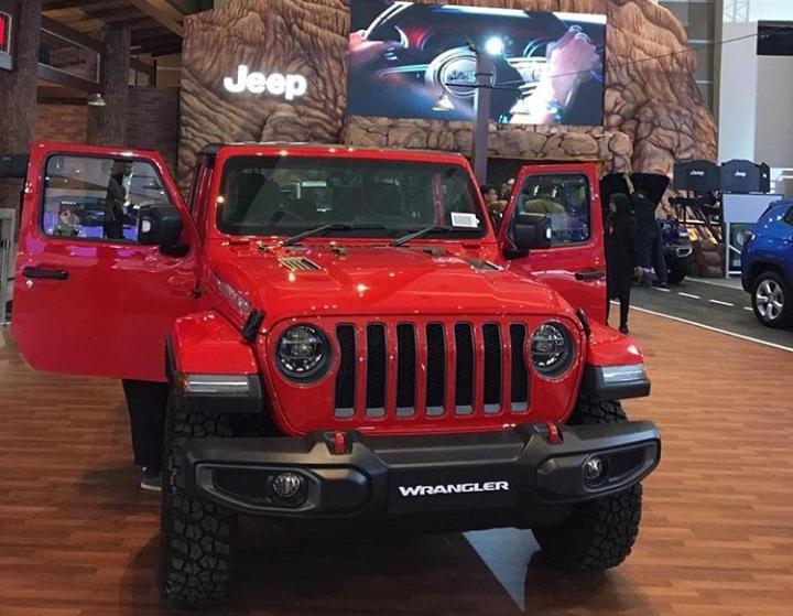 Total transaksi terdiri dari 44 unit Jeep Wrangler dan 28 unit Jeep Compass senilai kurang lebih Rp. 95 Miliar.(hascar_jeep.id)