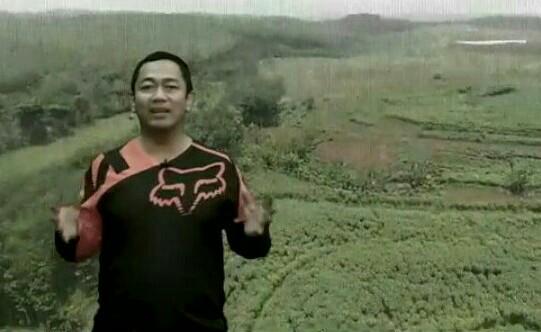 Walikota Semarang Hendrar Priadi saat mempromosikan MXGP di Semarang. (foto : ist)