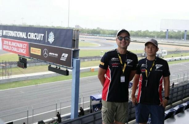 Rio Haryanto & David Tjiptobiantoro di sirkuit Chang International Thailand.
