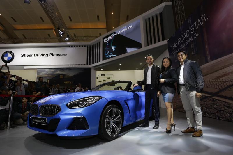 All-New BMW Z4 sDrive30i M Sport dinobatkan sebagai Best Sportscar di Telkomsel IIMS 2019. (ist)