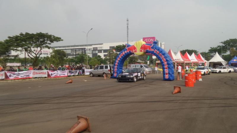 Ajang drift camp gelaran IDC di AEON BSD City, Tangerang, Sabtu 17 Mei 2019