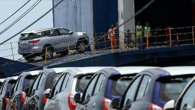 Ekspor mobil Toyota terkena pengaruh gejolak ekonomi global, terlebih ke negara yang alami krisis ekonomi