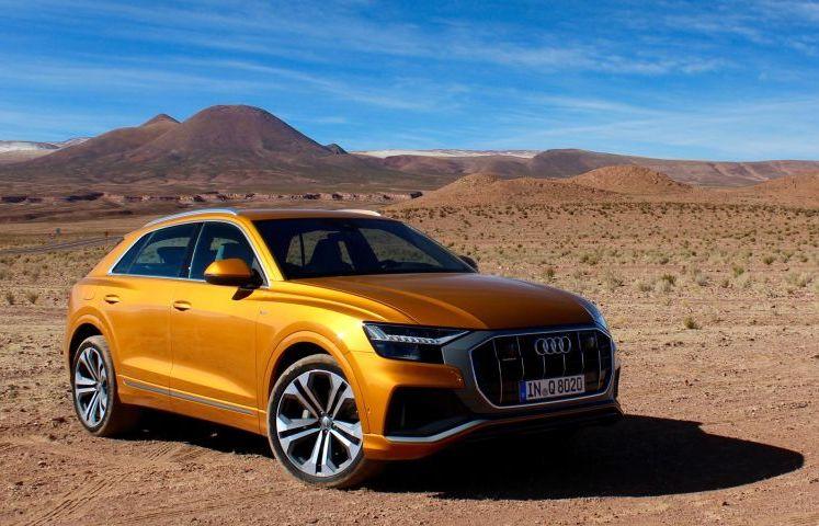 Audi Q8 menawarkan kombinasi terbaik antara keistimewaan sebuah SUV mewah 4-pintu dengan kepraktisan sebuah SUV berdimensi besar. (driving.ca)