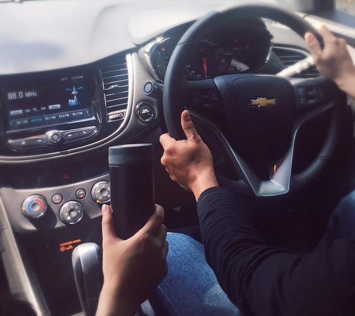 Co-driver harus lakukan fungsinya dia, jangan bikin panik tetapi lebih ke mengingatkan dan memandu. (foto: chevroletid)