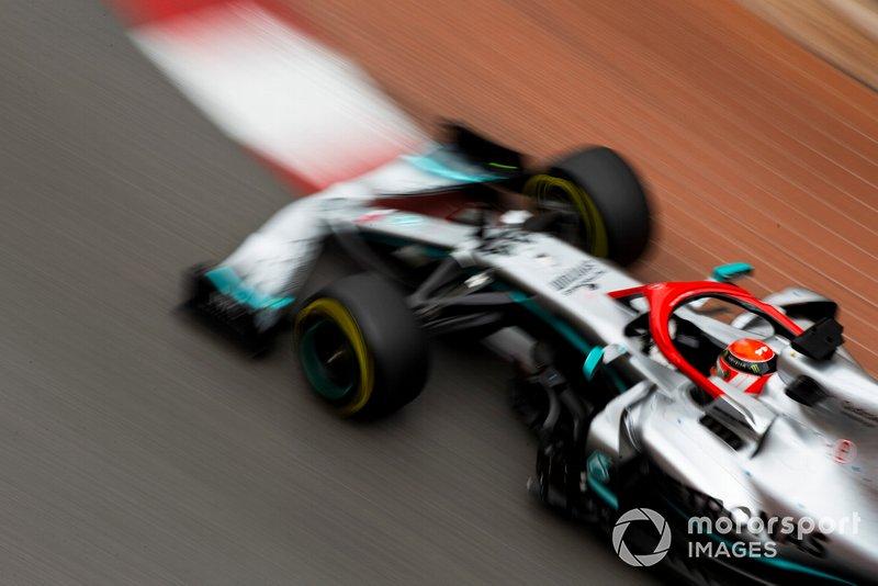 Lewis Hamilton ikut terlibat dalam pengembangan mesin baru Mercedes F1 (ist)