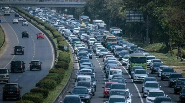 One way diperpanjang Dari GT Kalikangkung Semarang hingga Cikarang Barat. (foto : antara)