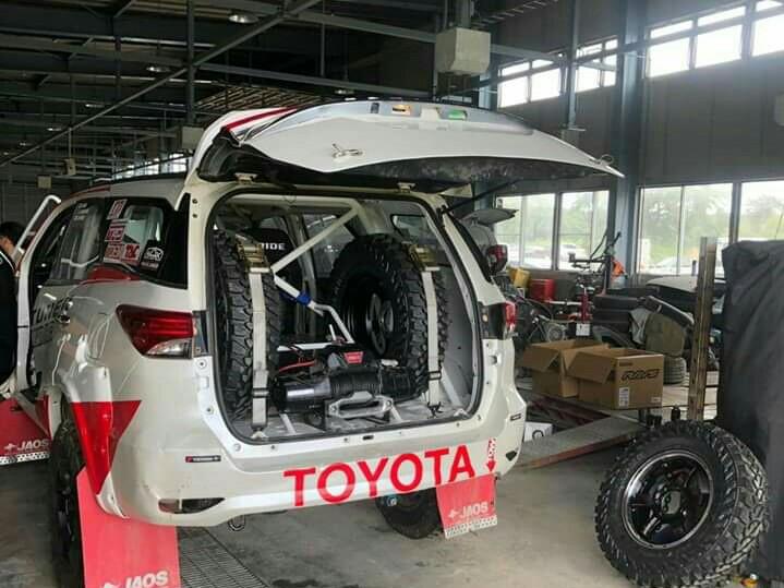 Inikah Toyota Fortuner yang disiapkan TTI untuk speed offroad dan AXCR tahun ini?  (foto : fitra)