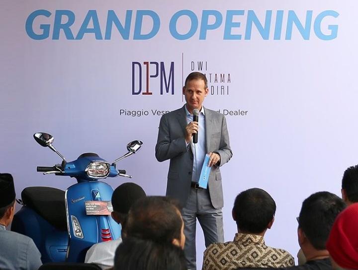 """""""Perkembangan dan kolaborasi dengan para mitra kami selalu menjadi prioritas utama bagi PT Piaggio Indonesia,"""" jelas Marco Noto La Diega, Presiden Direktur PT Piaggio Indonesia. (ist)."""