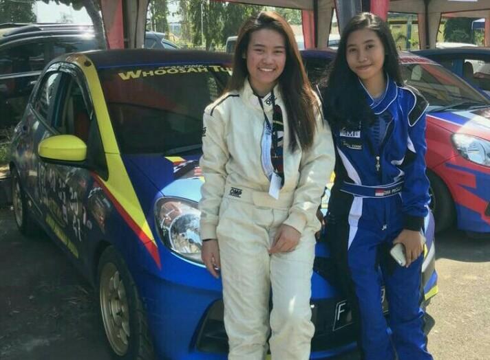 Felicia Hariono (kiri) dan Dina Pricillia, membela Pengrov IMI berbeda. (foto : ist)