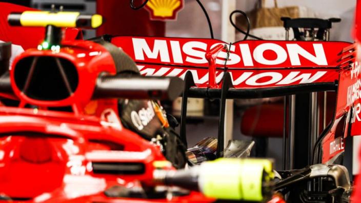 Logo Mission Winnow di Ferrari dan Ducati kemungkinan akan dicopot untuk sisa seri musim 2019 (ist)