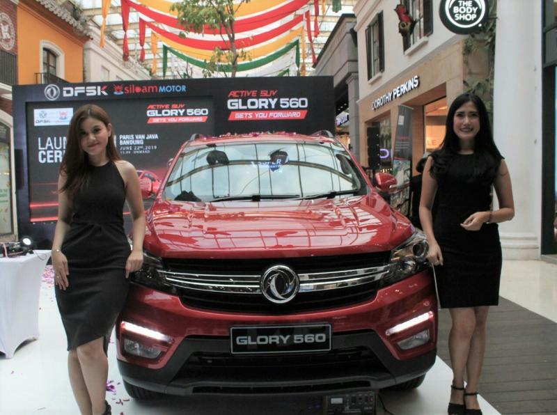 Selama pekan peluncuran di Bandung, DFSK Glory 560 gelar promo menarik untuk konsumen