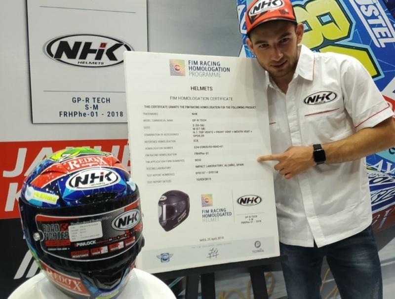 NHK perkenalkan helm dengan homologasi FIM di Jakarta Fair 2019 dan dihadiri oleh Jakub Kornfeil (ist)