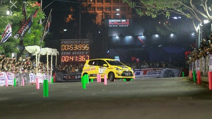 Asian Auto Gymkhana Championship tahun lalu di Bali mendapat animo luar biasa dari masyarakat. (foto : genta)