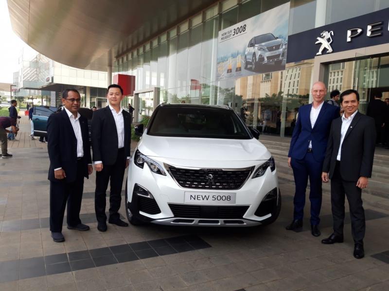 New Peugeot 5008 SUV dibanderol Rp 820 juta on the road Jakarta