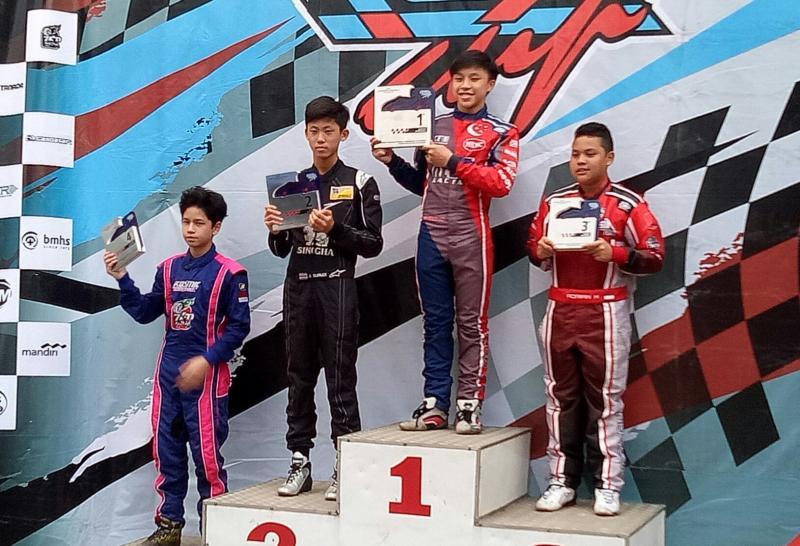 Dua pegokart Singapura kuasai podium 1-2 kelas Junior di SIKC, Bogor hari Minggu kemarin. (foto : bs)