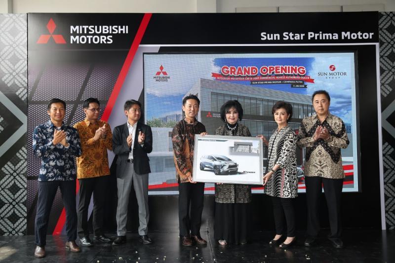 PT MMKSI bekerjasama dengan Sun Star Motor Group resmikan dua dealer baru yang berlokasi di Jakarta Pusat dan Bekasi