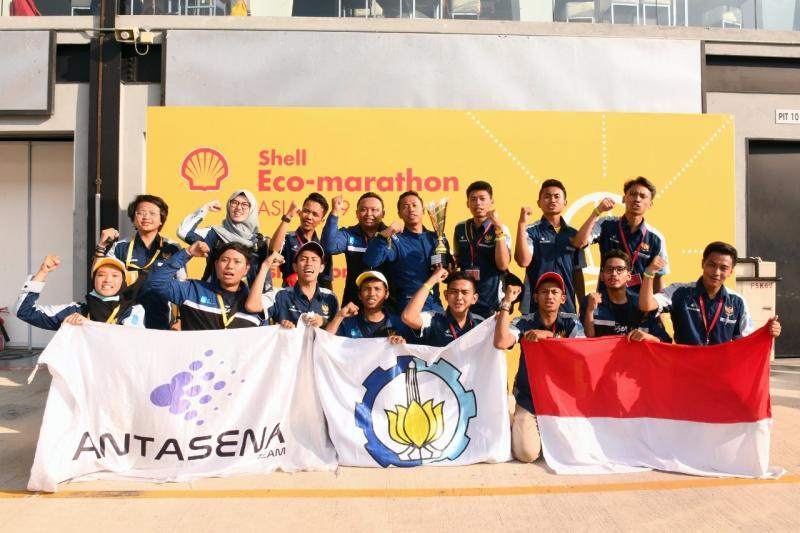 ITS Team 5 (Antasena) tampil di Drivers World Championship di London