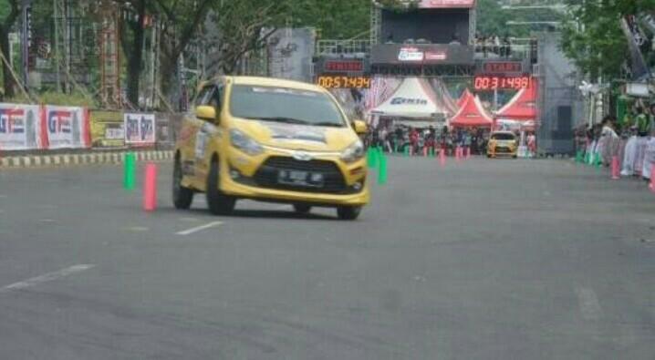 Toyota Agya 1200 jadi one make race di Asia Auto Gymkhana Yogyakarta