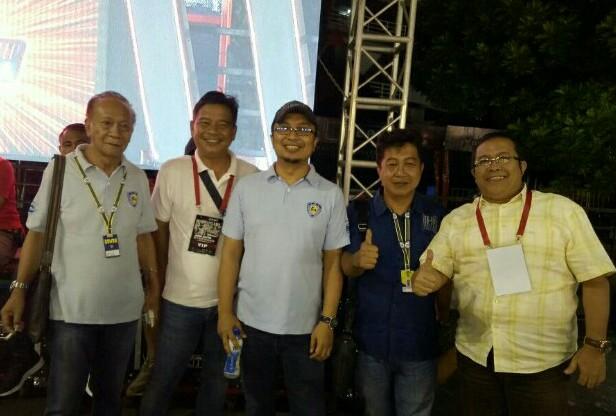 Sadikin Aksa (tengah) saat hadir di Asia Auto Gymkhana Championship Yogyakarta (foto : bs)