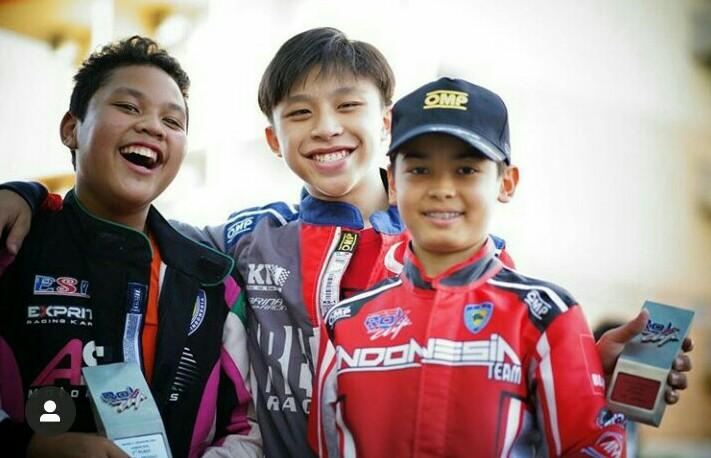 Dua pegokart Indonesia, Gael Julien dan Adrian Hassan bertengger di posisi 3 besar