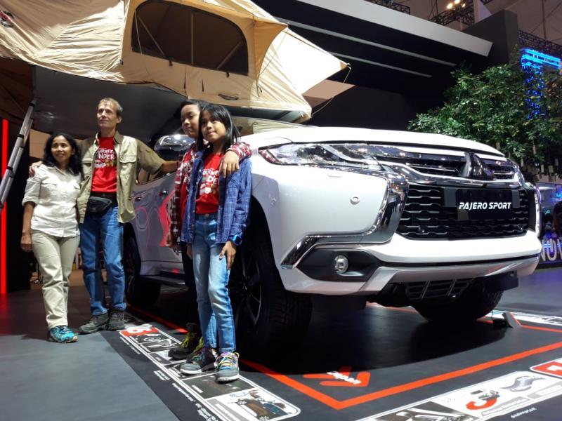 Eelco, Iyel dan kedua anaknya keliling dunia dengan Mitsubishi Pajero Sport
