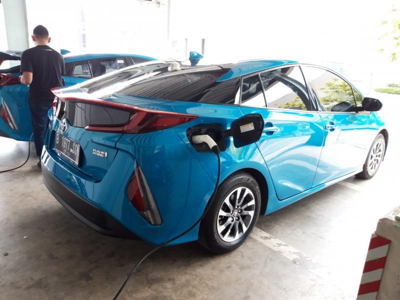 Toyota Astra Motor (TAM) sosialisasikan kendaraan Hybrid Electric Vehicle (HEV) di GIIAS 2019
