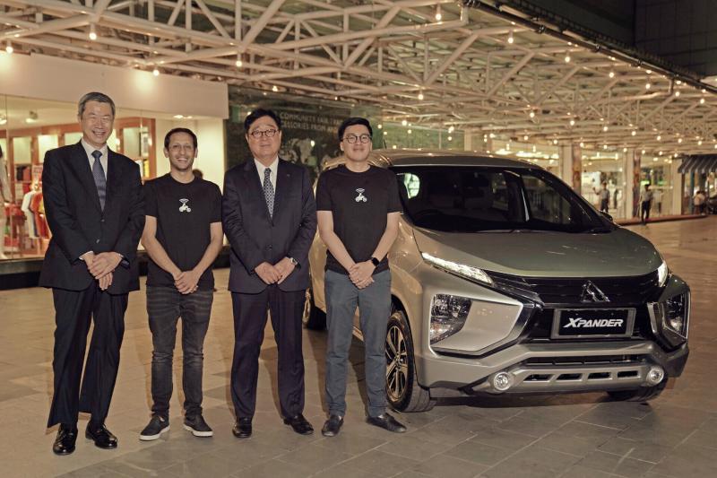 Dari kiri ke kanan: EVP Mitsubishi Corporations Iwao Toide, Pendiri dan CEO Gojek Nadiem Makarim, Chairman Mitsubishi Motors Corporation Osamu Masuko, Co-founder Gojek Kevin Aluwi.