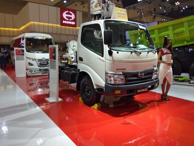 Hino pada partisipasi di GIIAS 2019 kali ini Hino menampilkan truk Hino300 Series atau light duty truck yang di export ke Filipina dengan standar emisi Euro 4.(anto)