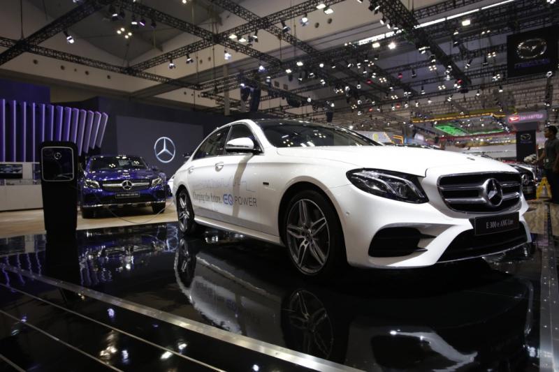Kerjasama ini merupakan wujud komitmen V-KOOL untuk memberikan yang terbaik kepada pecinta otomotif di tanah air. (dok. Mercedes-Benz)