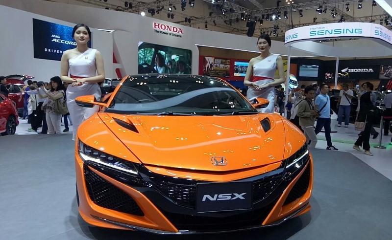 Honda NSX, memperkuat eksistensi Honda yang memiliki gen motorsport. (foto :bs)
