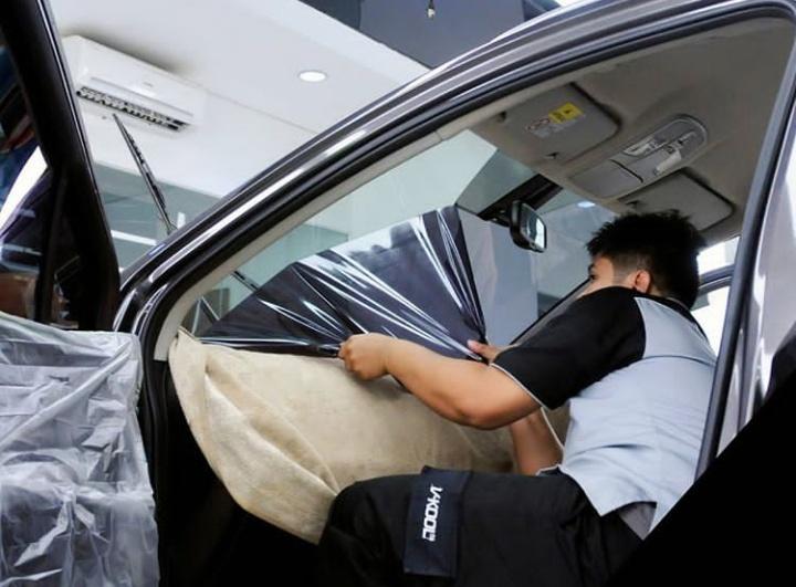 V-Kool memberikan solusi produk kaca film terbaik untik kendaran ditambah layanan purna jual yang memadai. (dok. V-Kool)