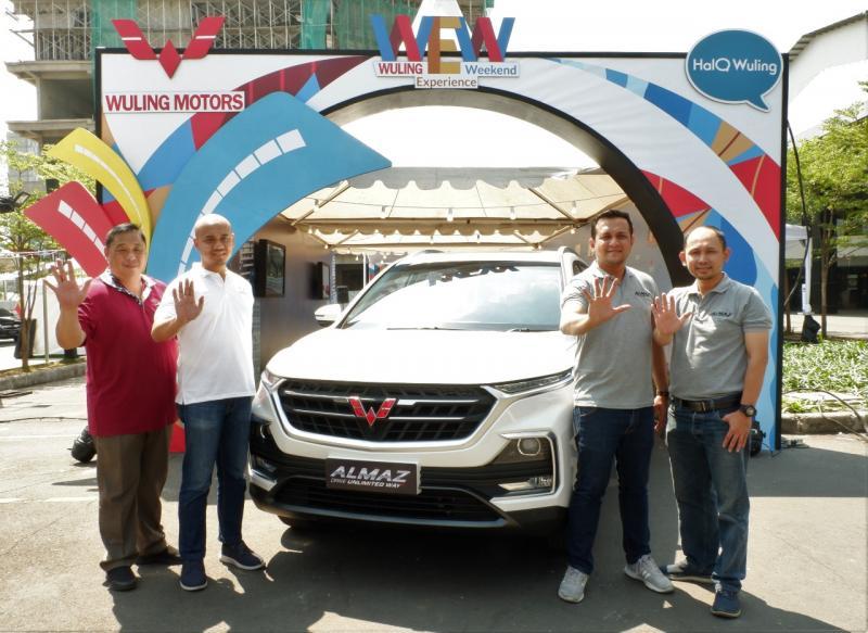 Bersamaan dengan Wuling Experience Weekend, Wuling mengumumkan harga OTR dari varian terbaru Smart Technology SUV, Almaz, yang dilengkapi dengan Wuling Indonesian Command (WIND). (dok. Wuling)
