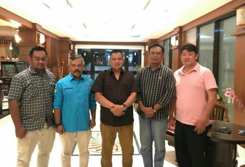 Kapolda Kaltara Brigjen Pol Indrajit bersama jajaran pengurus IMI Kalimantan Utara. (foto : barnas)