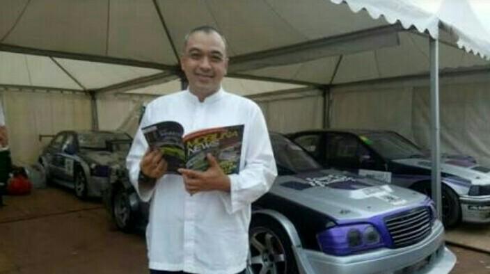 Ahmed Zaki Iskandar, Bupati yang hobi olahraga termasuk balap mobil. (foto : bs)