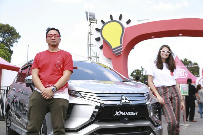 Agus Ringgo & Sabai Dieter sebagai keluarga Pinter Bener Xpander hadir di Yogyakarta