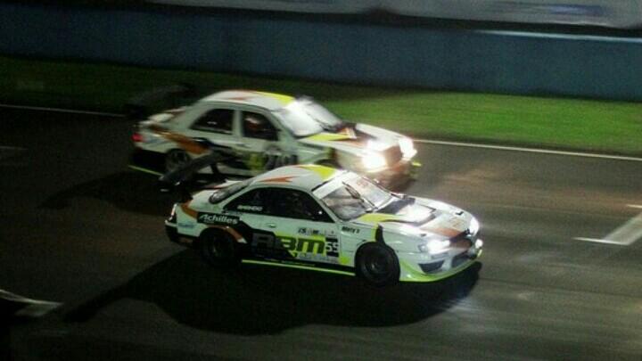 Amandio dengan mobil Nissan S14 berhasil raih double winner di ISSOM Night Race 2019