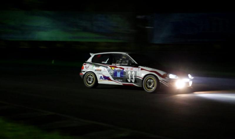 Rian Risky tampil gemilang di ISSOM Night Race dan menjuarai dua kelas berbeda JSTC dan STCR