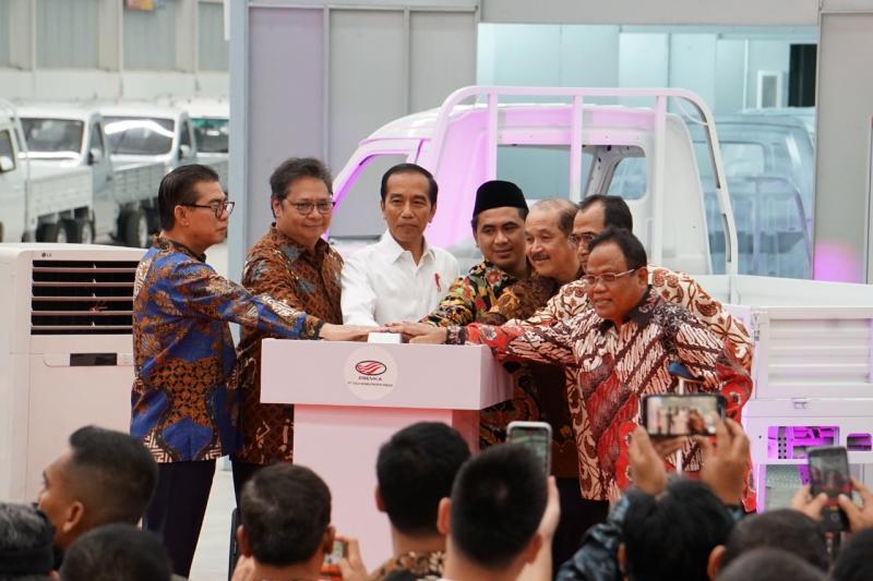 Menperin bersama Presiden Jokowi resmikan pabrik mobil Esemka di Boyolali