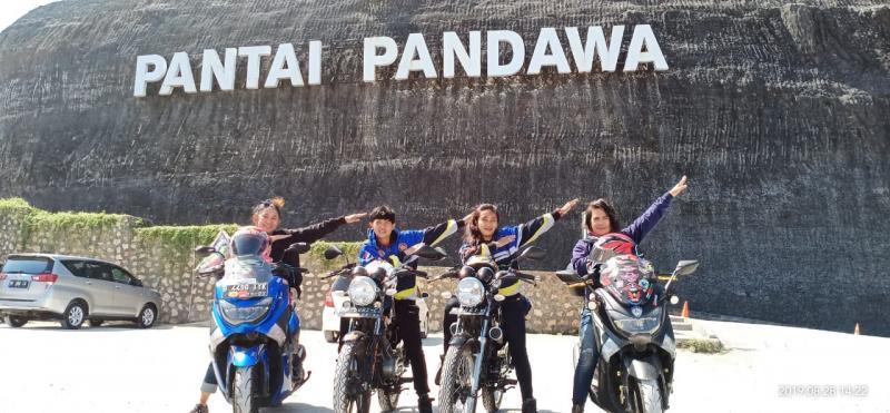 Lady Bikers Indonesia touring Jakarta-Lombok