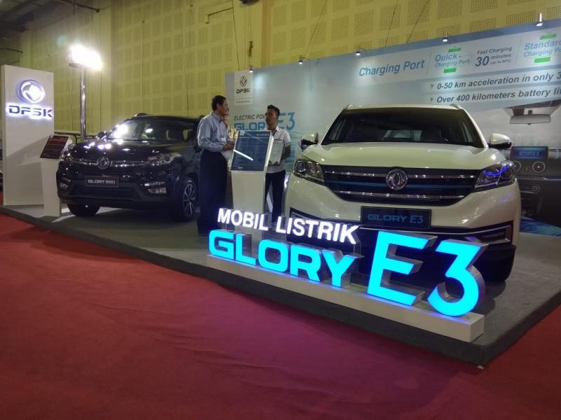 DFSK Glory E3 bisa menjadi solusi di awal era elektrifikasi kendaraan di tanah air dengan kemampuan teknologi baterai yang andal. (anto)