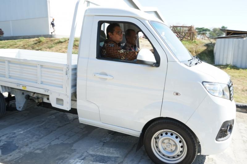 Kendaraan niaga Esemka Bima diprediksi laris oleh presiden Jokowi