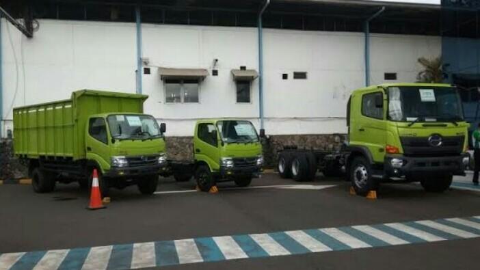 Dua truk Hino Ranger terlibat kecelakaan Cipularang masih keluaran yang relatif muda, tahun 2012. (anto)