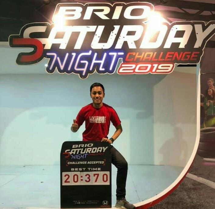 Avila tandem slalom bersama Alvin Bahar, dan challenge dengan Om Bro di Brio Saturday Night Challenge Bandung