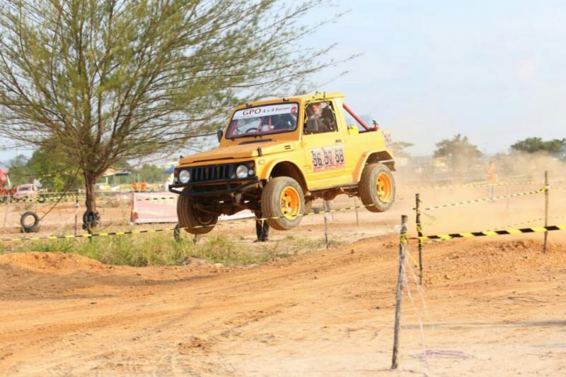 Dragon Racing Offroad di Batam sajikan tontonan menghibur (foto: Adhi)