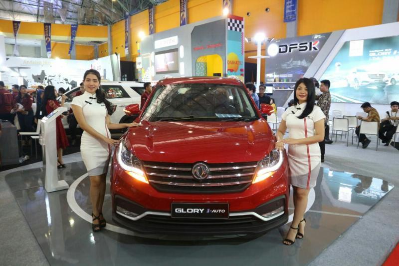 DFSK Glory i-Auto dipamerkan di booth DFSK, GIIAS Makassar 2019