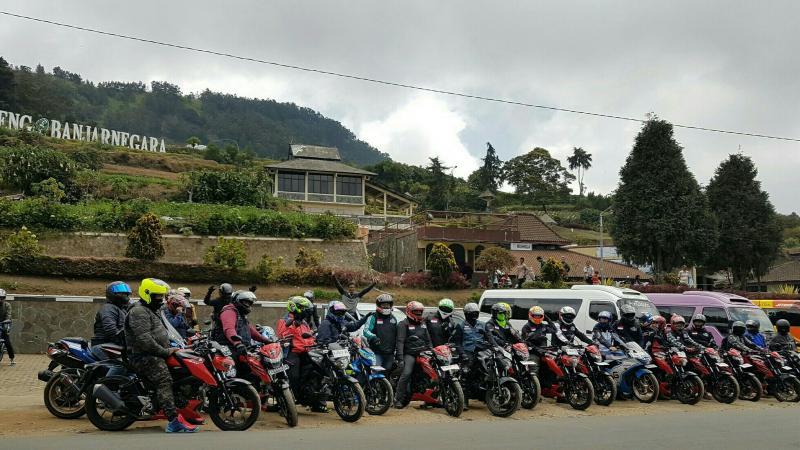 Touring Jelajah Negeri Di Atas Awan Komunitas Suzuki Pulogadung