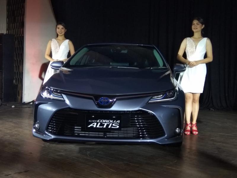 All New Corolla Altis HEV sengaja dihadirkan untuk mewujudkan pengalaman berkendara mobil HEV yang aman dan nyaman melebihi ekspektasi pengemudi dan penumpangnya. (anto)