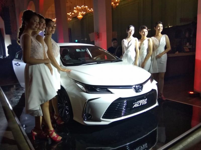 All New Corolla Altis hadir dalam tiga varian yang semuanya memiliki transmisi CVT. (anto)