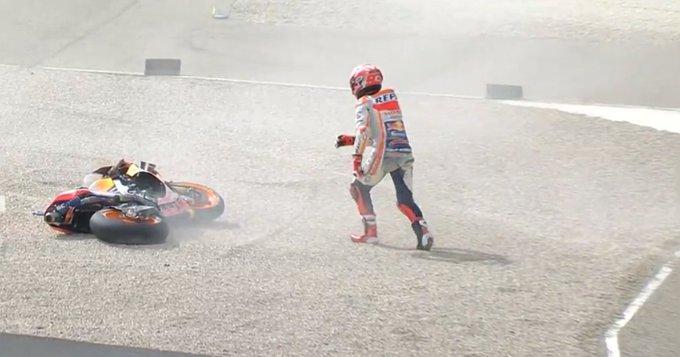 Marc Marquez (Honda) alami kecelakaan dahsyat di Aragon, untungnya hanya di sesi latihan (Foto: crash)