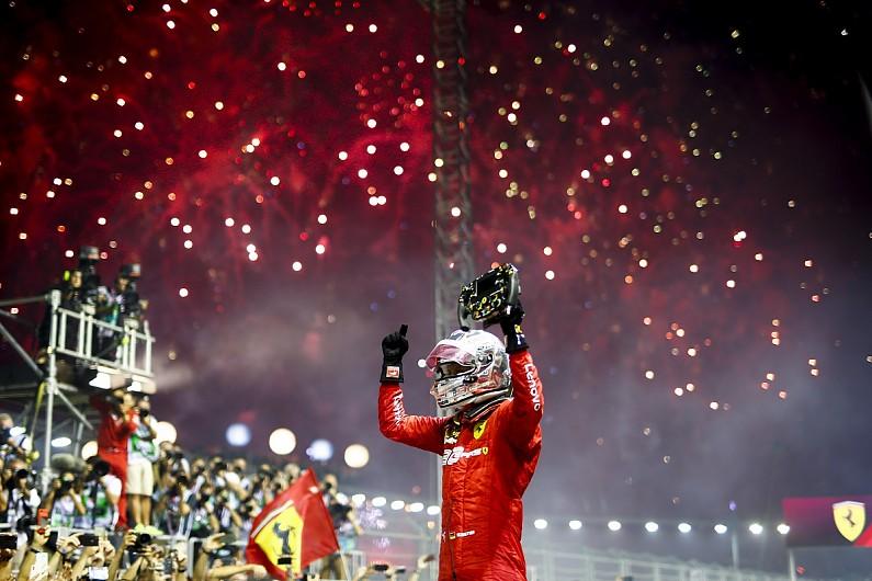 Sebastian Vettel, bersama Charles Leclerc, cetak sejarah baru di GP Singapura. (Foto: autosport)